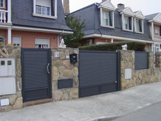 Puertas de acceso a finca instalaciones metalworld - Puertas para fincas ...